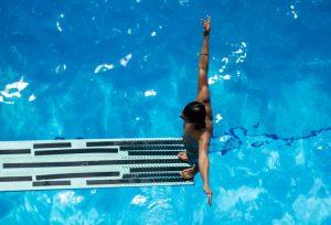 Badeudstyr i en god kvalitet til alle former for svømmere
