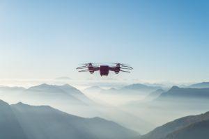 Droner i mange flyvende anordninger