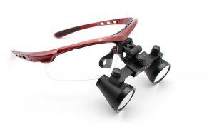 Specialiserede lupbriller til tandlæger og kirurger