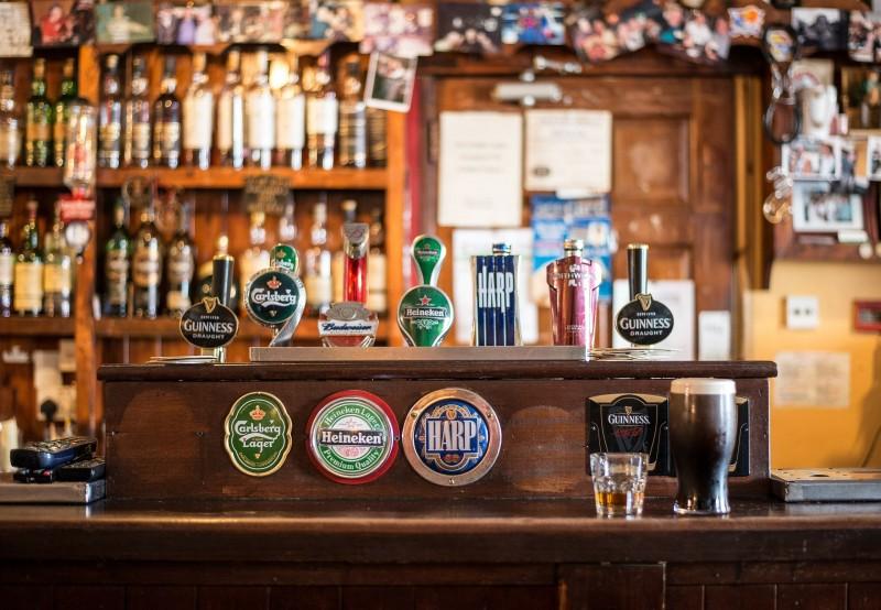 Få det bedste udstyr til din bar hos Drinkworld.dk